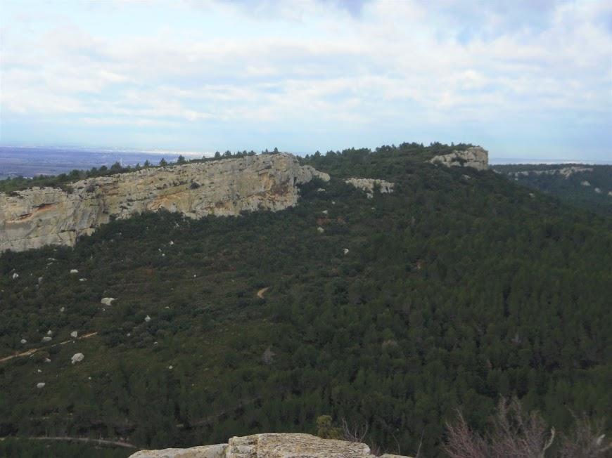 Les Alpilles  Mont Valence vue  du Mont Paon 7