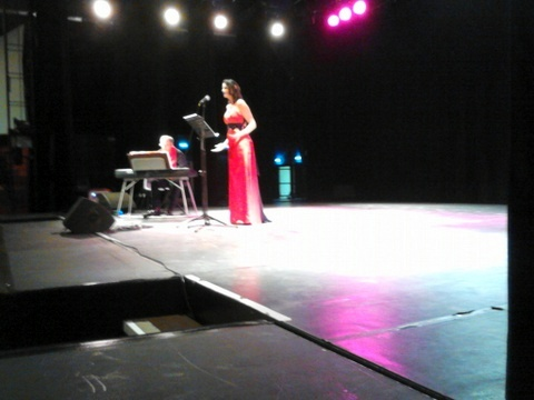 La soprano Karine Magnetto à l'espace Charles Trenet