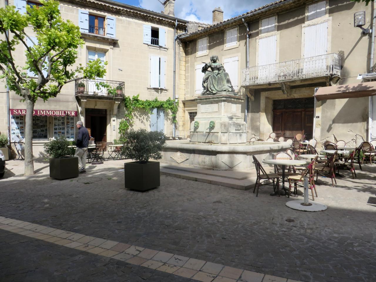 Grignan 6 - Caf salon de provence ...