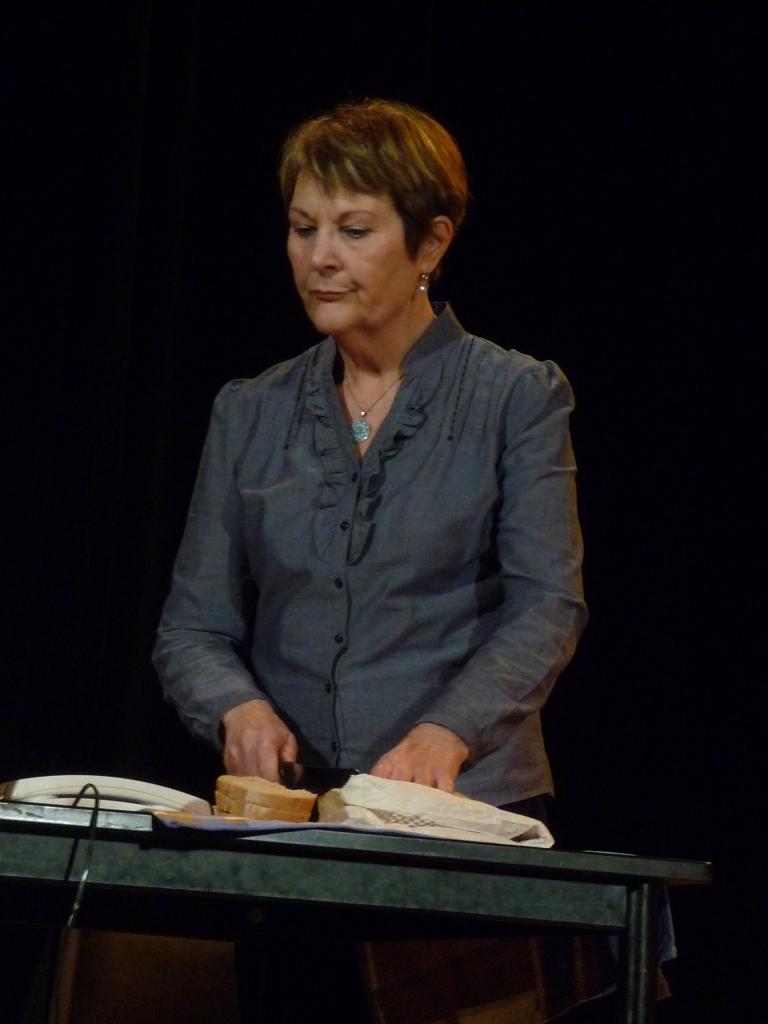 Le pt Théâtre fait son casting:L'invitation à diner (Carole GREEP)