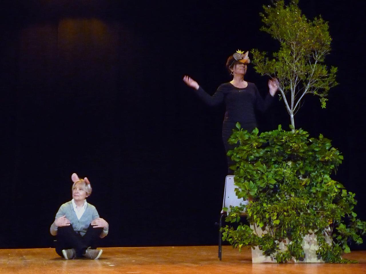 Le pt Théâtre fait son casting :Le corbeau et le Lapin