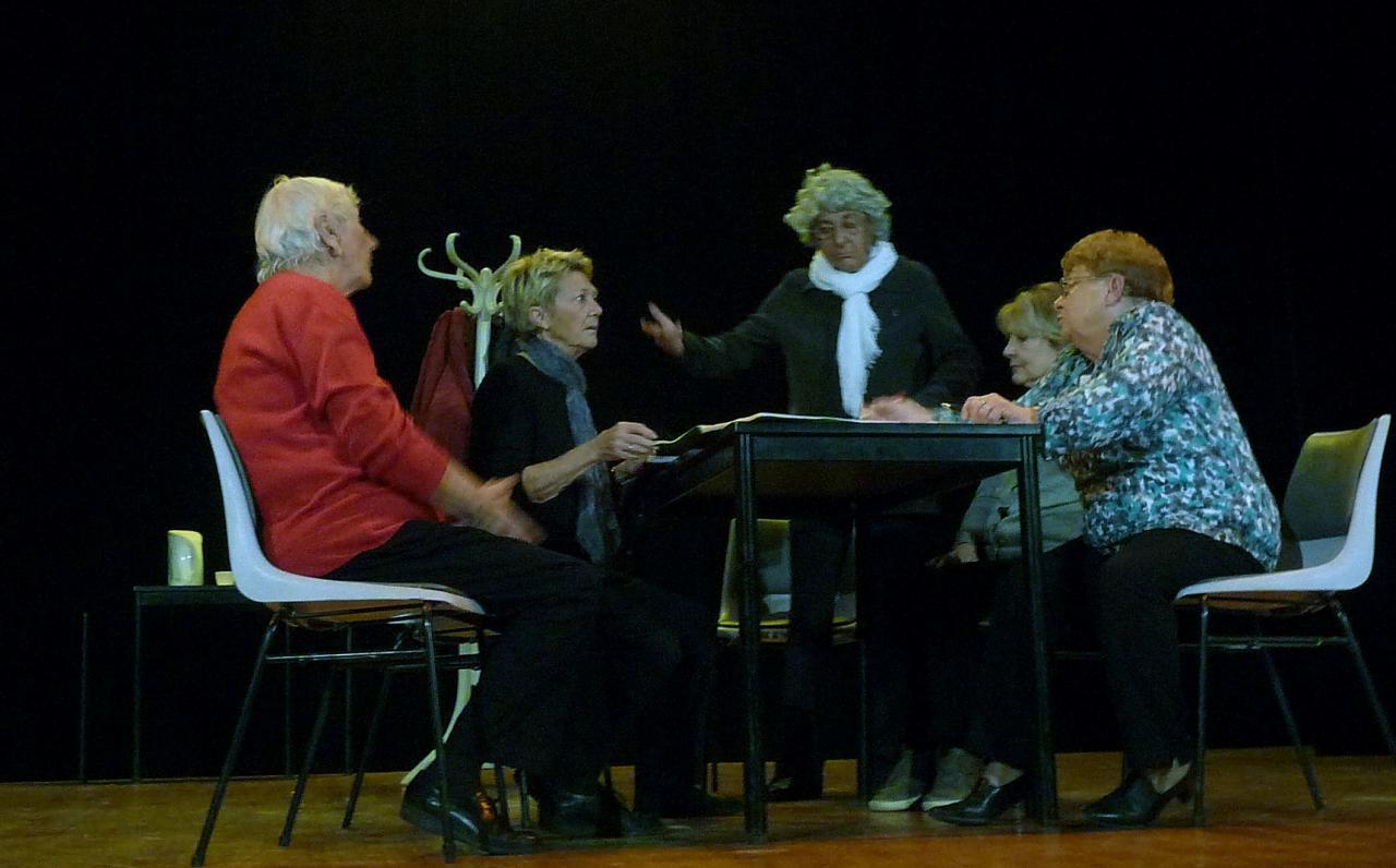 Le pt Théâtre fait son casting : La salle des professeurs