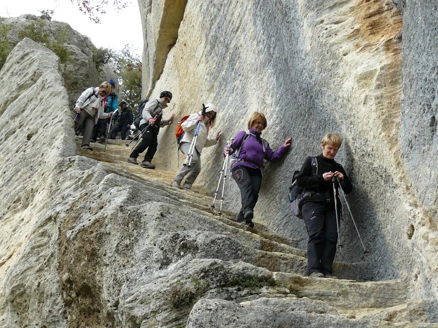 Luberon: Pas du Renard-Sivergues-Fort de Buoux  12