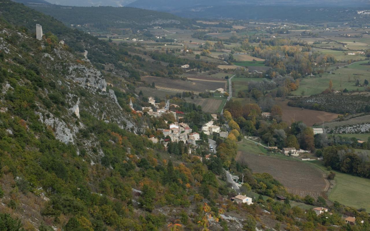 Monieux  gorges de La Nesque Octobre