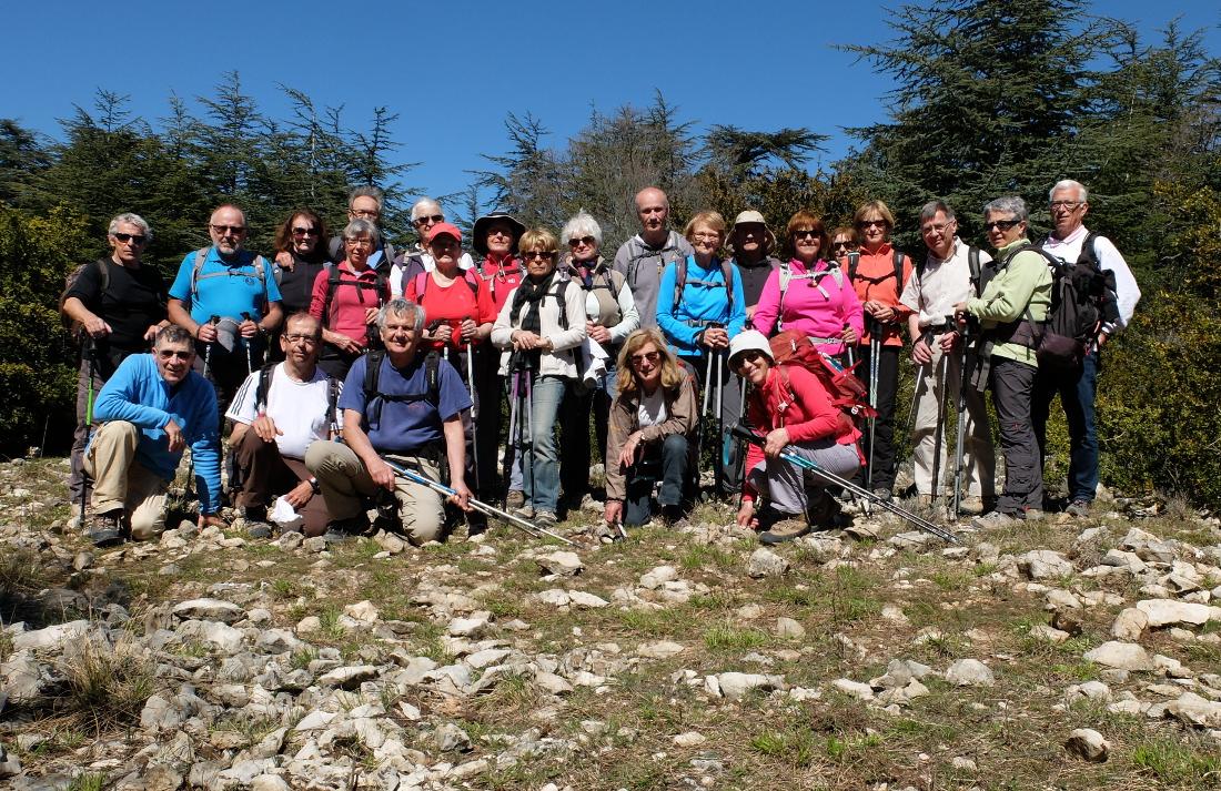 2015-3-31 3   Le groupe au Vallon de Combres
