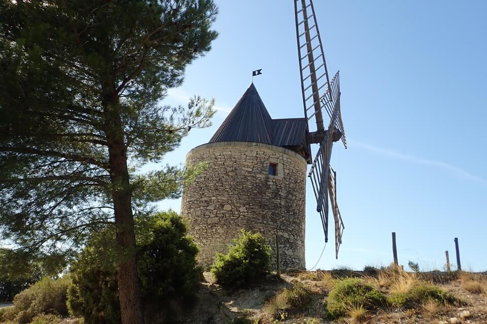 20191008-Boulbon-Montagnette---Moulin-bonnet-ext