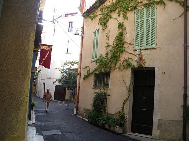Rue Antibes 4