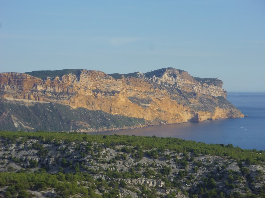 Calanques  Cap Canaille et baie de Cassis