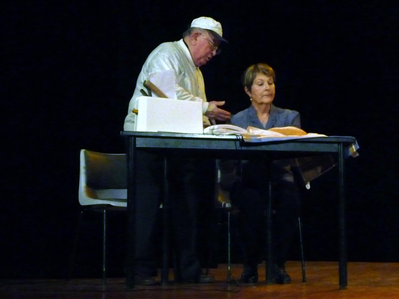Le pt Théâtre fait son casting :L'invitation à diner (Carole GREEP)