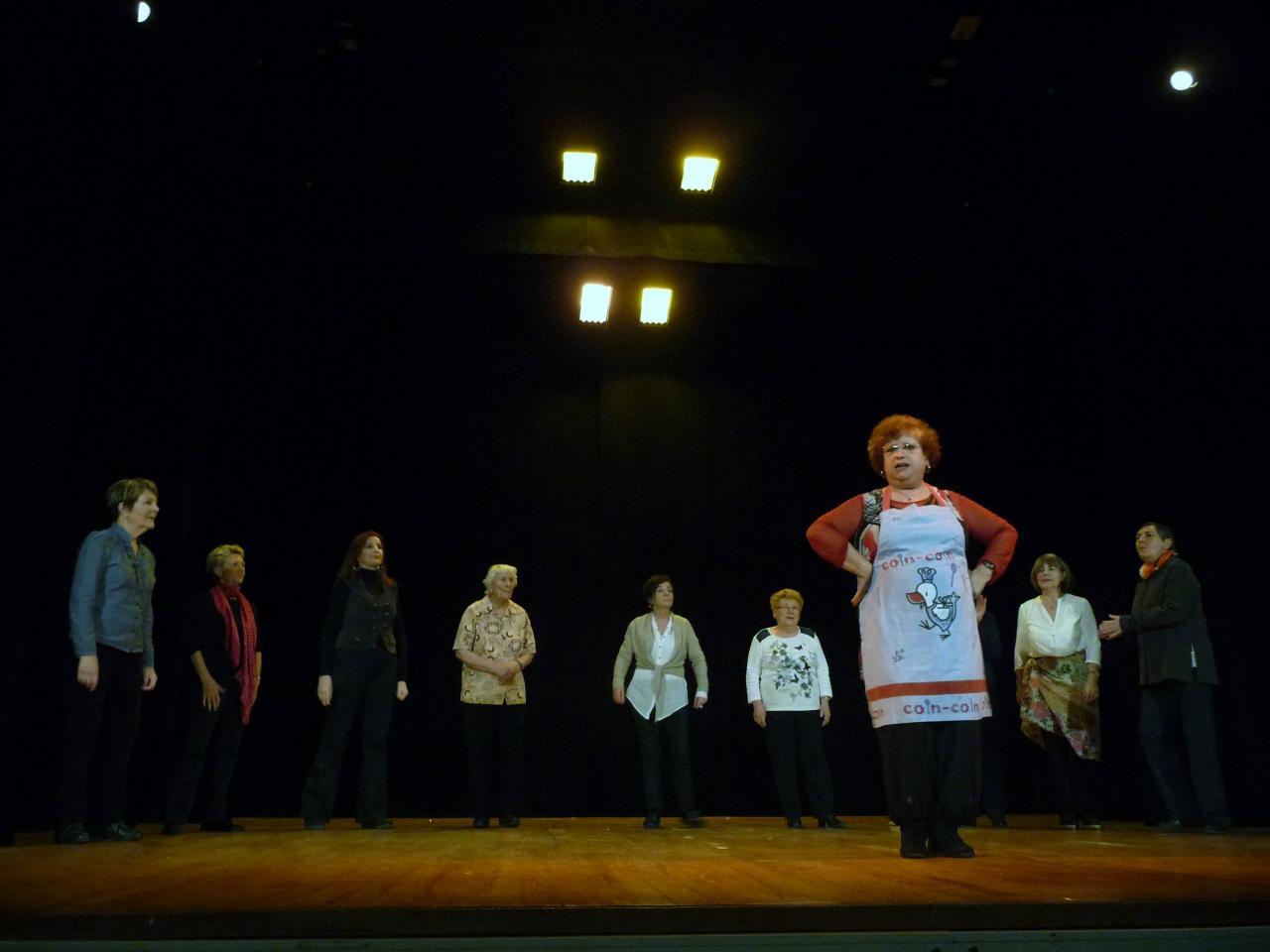 Le pt Théâtre fait son casting:La bonne du curé