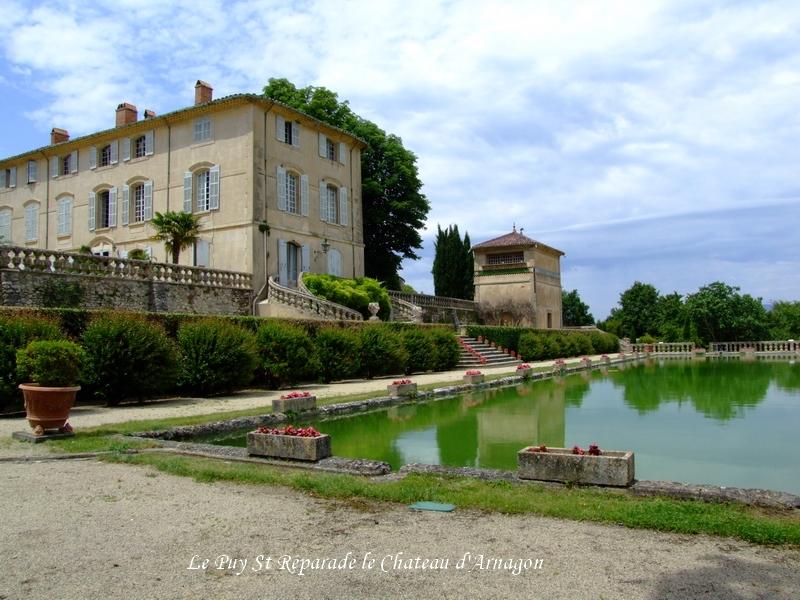 Le Puy Ste Réparade Chateau d'Arnajon