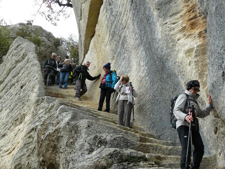 Luberon: Pas du Renard-Sivergues-Fort de Buoux  14