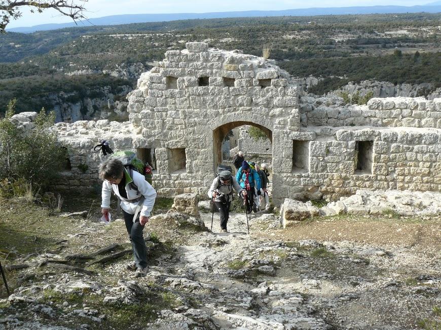 Luberon: Pas du Renard-Sivergues-Fort de Buoux  18