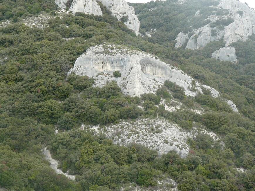 Luberon:  Font de l'Orme- Bastidon du Pradon g