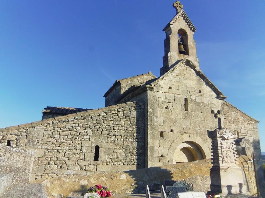 Luberon: Saint Pantaleon Eglise