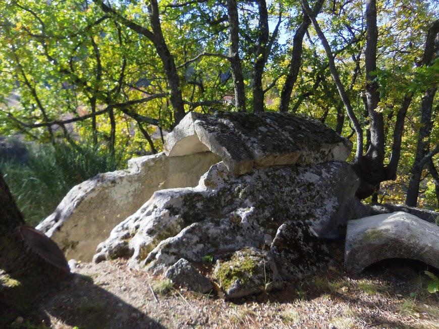 Luberon: Saint Pantaleon Tombeau de st Phillis ?