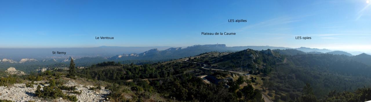 vue de la  vigie St Remy Décembre