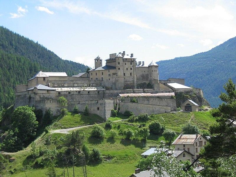 Chateau queyras1